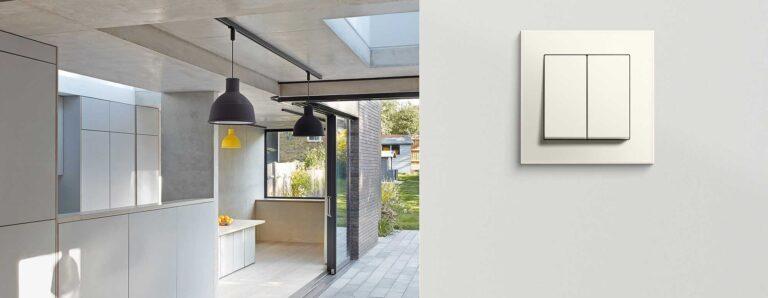 Ein schöner, schlichter Lichtschalter passend zur Designerwohnung.